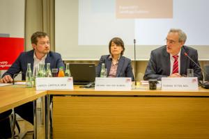 v.l.n.r. Uli Grötsch, Antonia von der Behrens, Florian Ritter