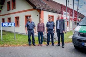 Ritter und Schmidt-Völlmecke bei der Autobahnpolizei Holzkirchen