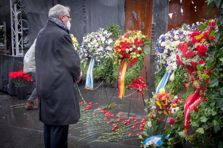 Im stillen Gedenken an die Opfer